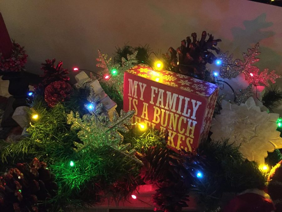 christmas decorations 2015 merry bright with battery operated lights - Merry And Bright Christmas Decorations