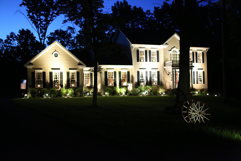 Video Home Tour Outdoor Accent Lighting u2013 ? Country Craft Corner ?? & Video Home Tour: Outdoor Accent Lighting u2013 ? Country Craft Corner ...